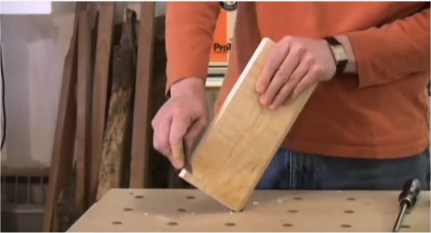 VIDEO: Use and Sharpen Your Cabinet Scraper