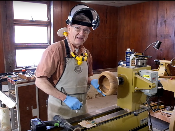 VIDEO: Turning a Closed Form Bowl